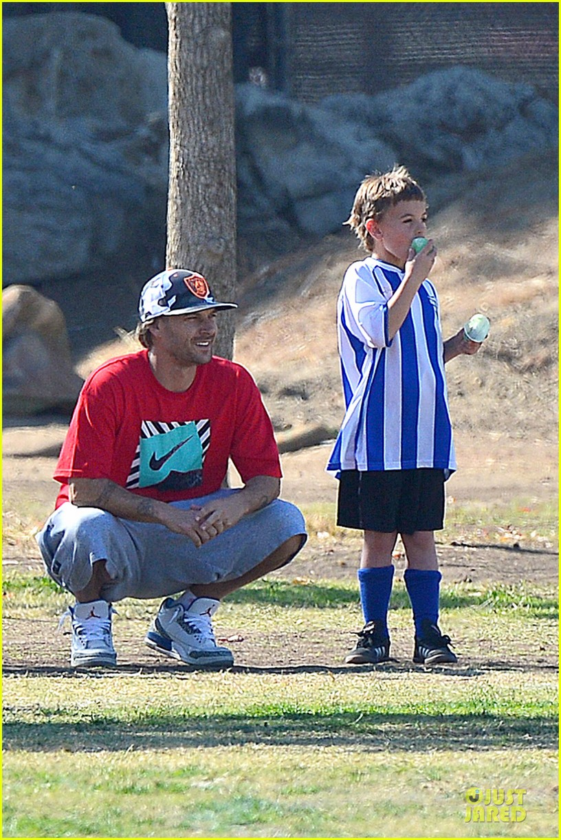 britney spears david lucado soccer game with kevin federline 03
