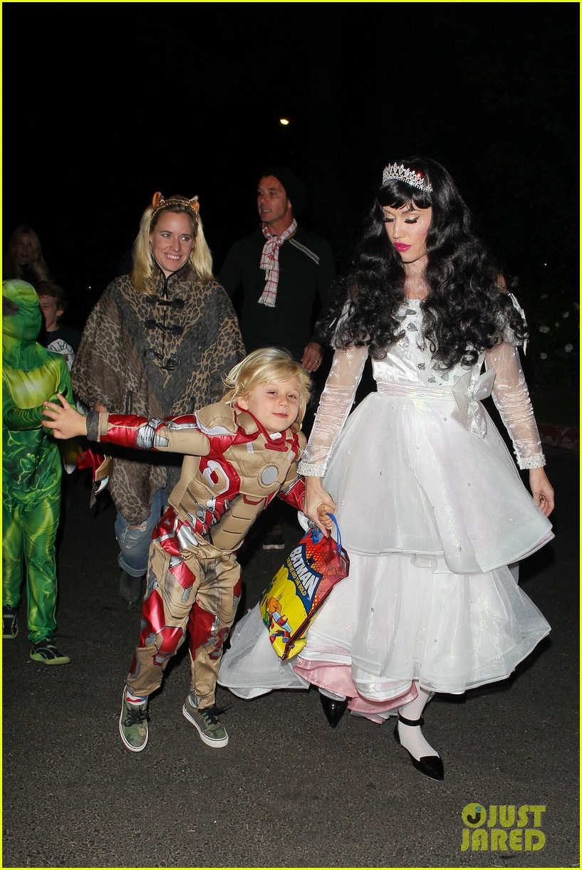 gwen stefani gavin rossdale dress up for halloween 2013 032983962