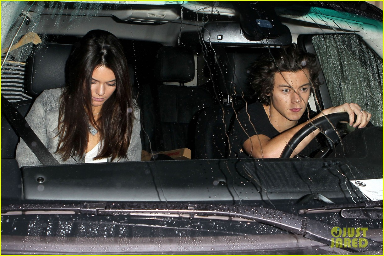 harry styles kendall jenner leave dinner together 102997280