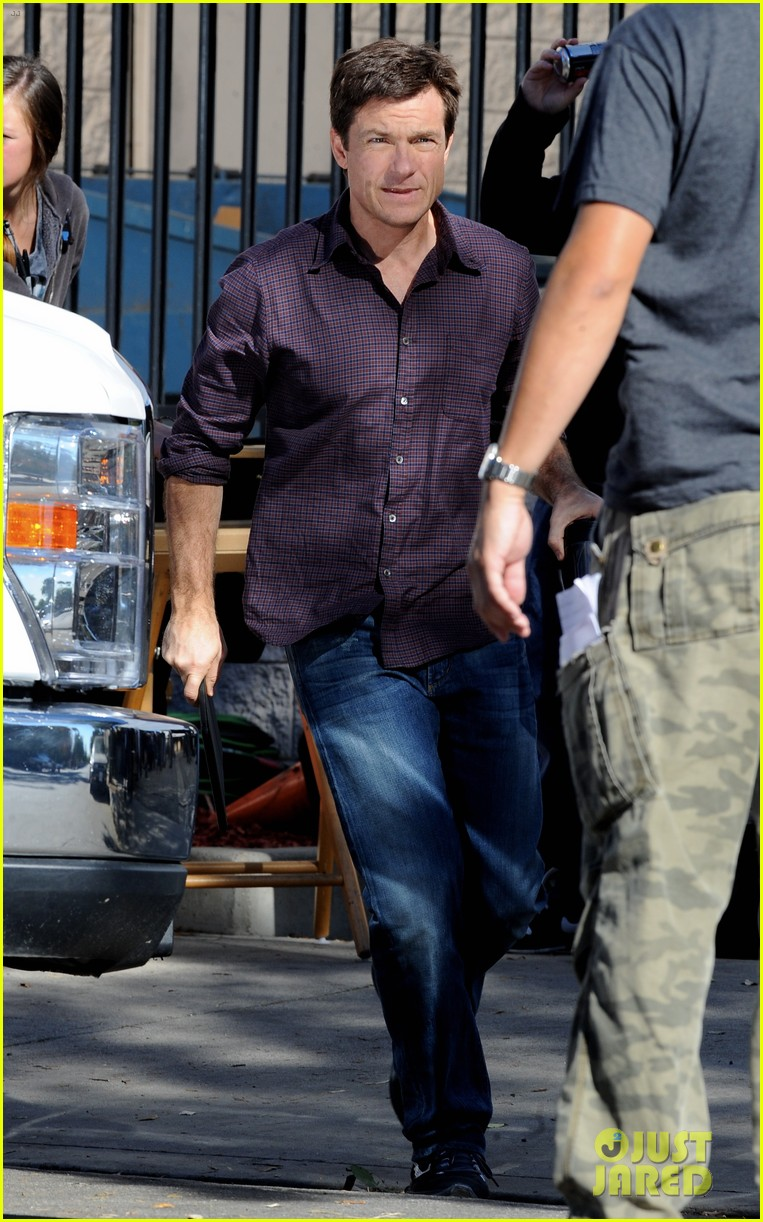 jason sudeikis jason bateman work on horrible bosses 2 05
