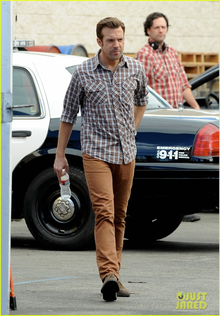 jason sudeikis jason bateman work on horrible bosses 2 07