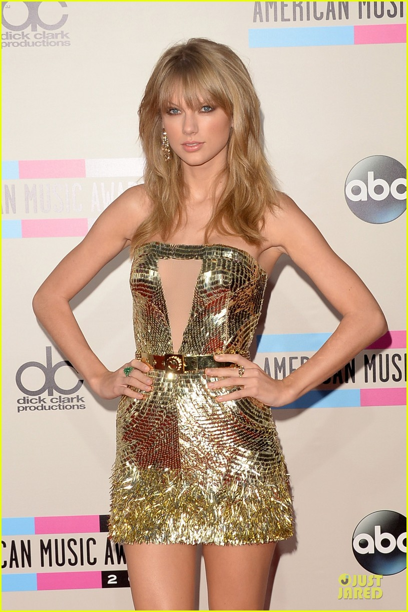 taylor swift amas 2013 red carpet 02