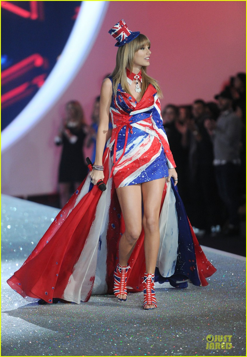taylor swift victorias secret fashion show performer 2013 062992179
