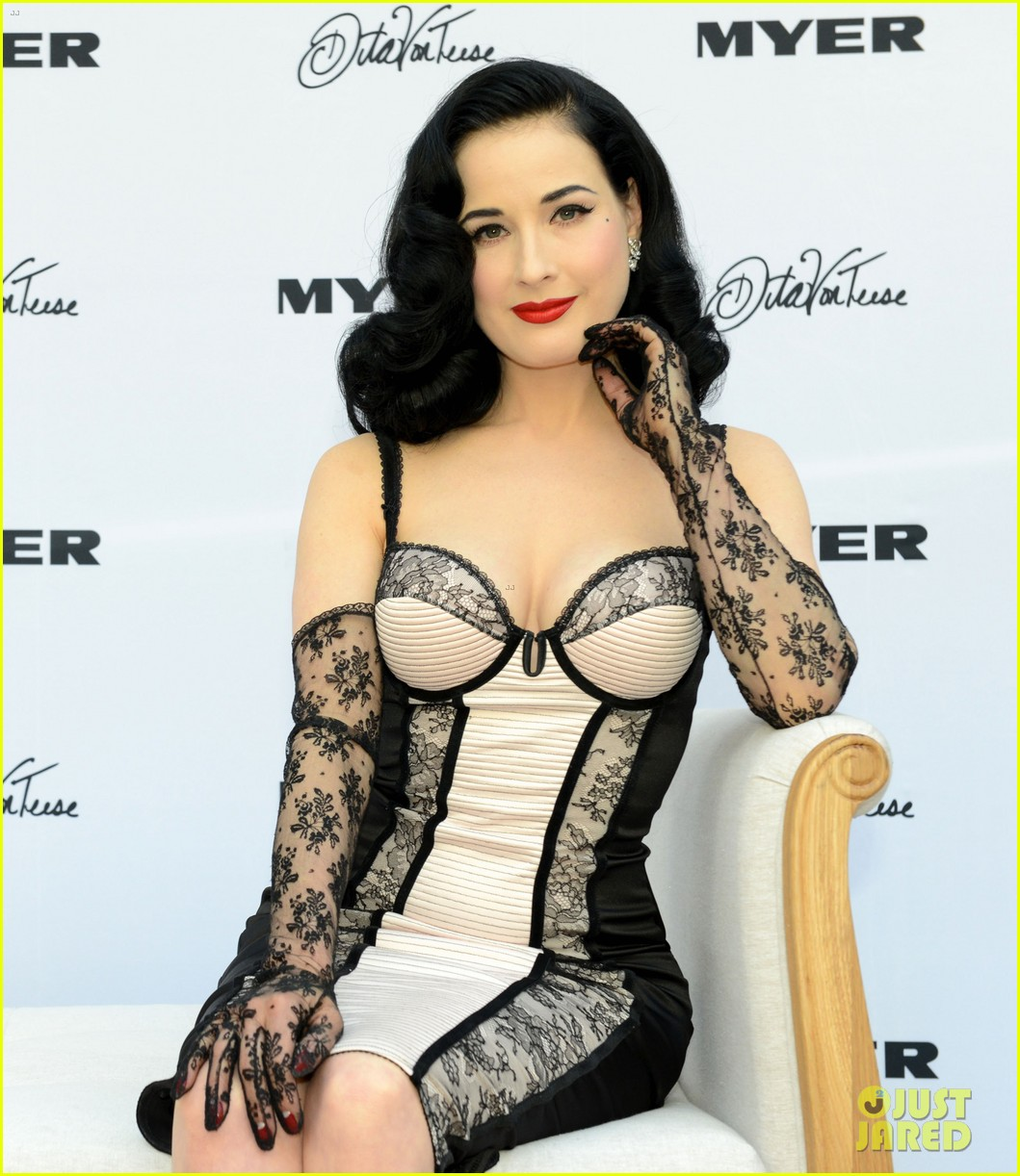 dita von teese debuts new lingerie collection in melbourne 032987526