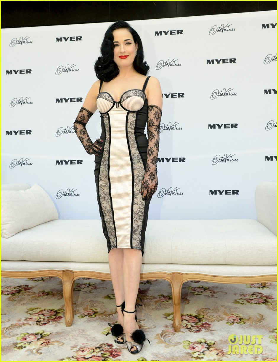 dita von teese debuts new lingerie collection in melbourne 052987528