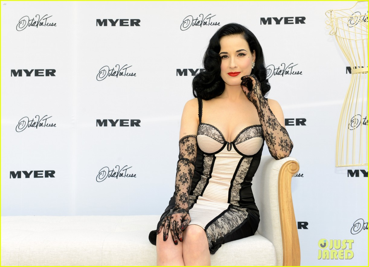 dita von teese debuts new lingerie collection in melbourne 072987530