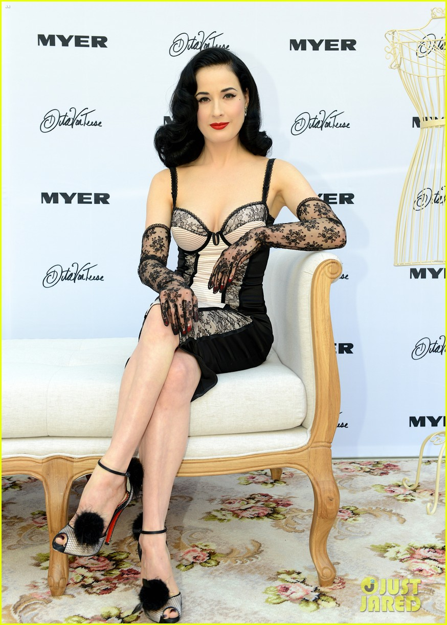 dita von teese debuts new lingerie collection in melbourne 152987538