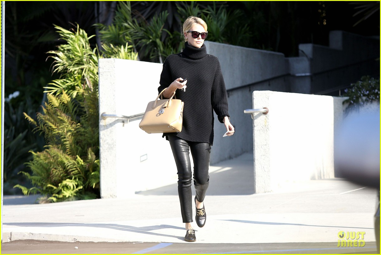 charlize theron inspired kristin chenoweth pixie cut 10