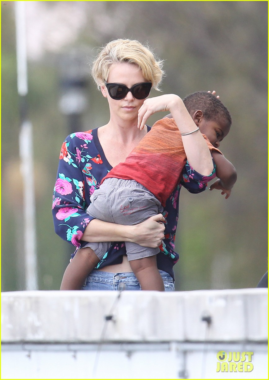 charlize theron sydney outing with her little man jackson 092999870