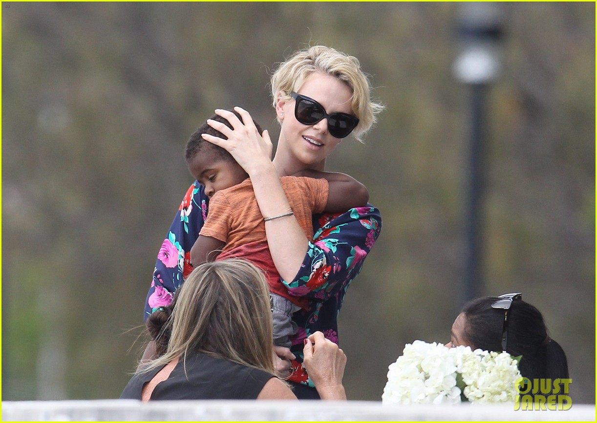 charlize theron sydney outing with her little man jackson 152999876
