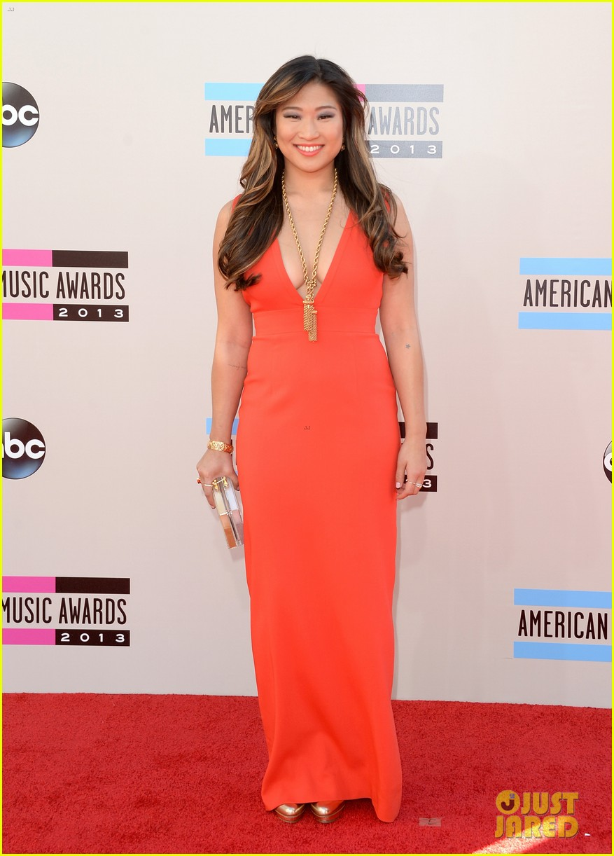 jenna ushkowitz amas 2013 red carpet 042999160