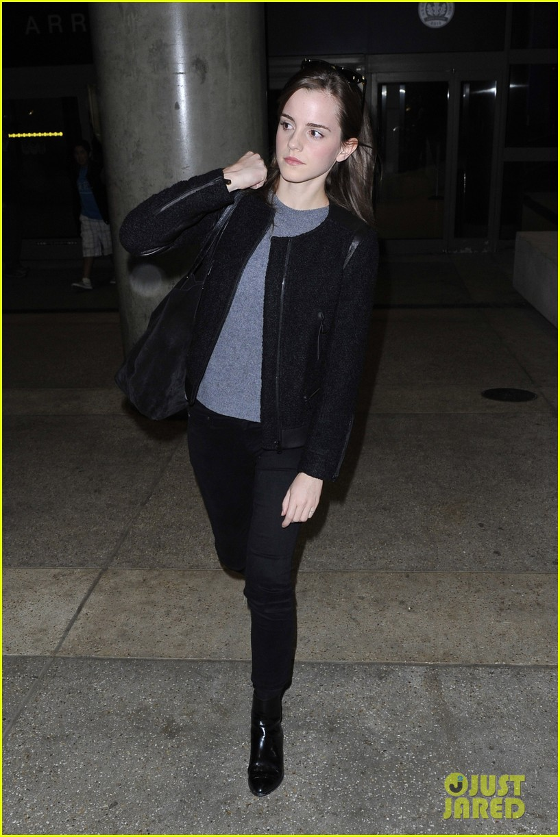 emma watson lands in los angeles after noah trailer debut 12
