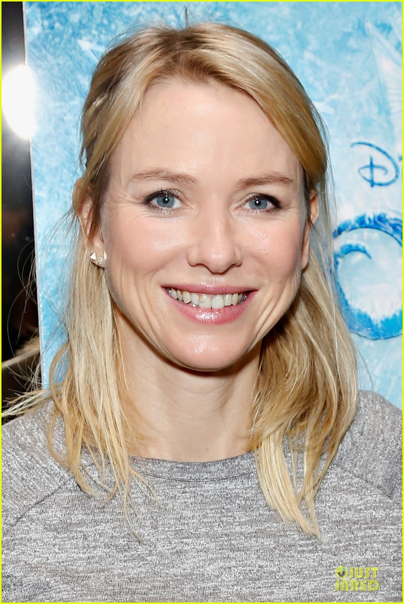 naomi watts frozen nyc screening with sasha 062984955