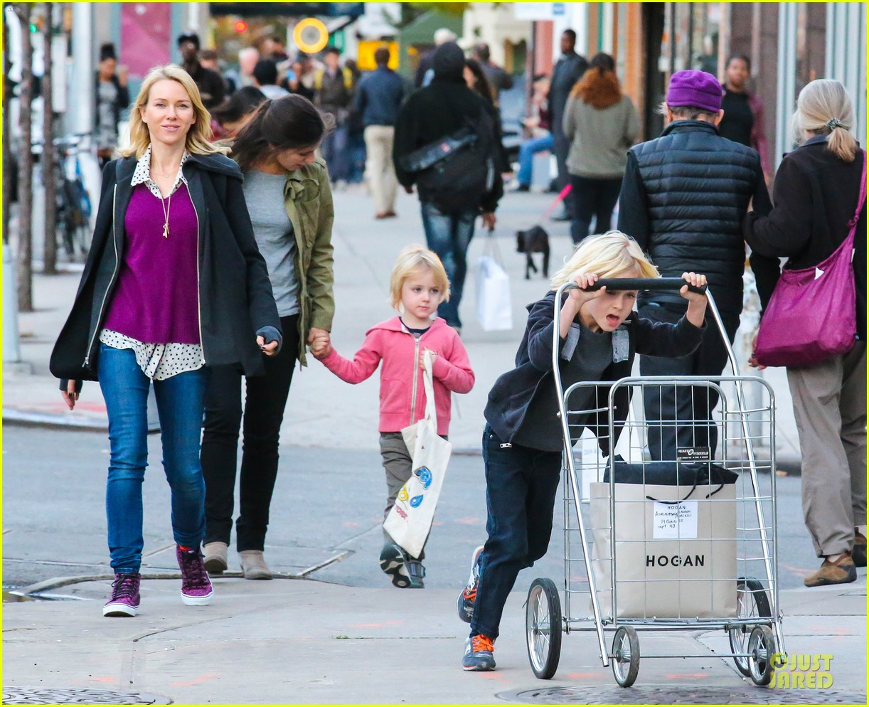 naomi watts sweater matching kicks for grocery run 032996132