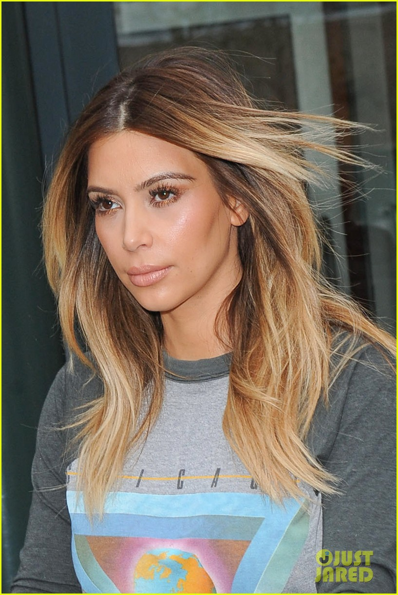 kanye west kim kardashian is most beautiful woman in the world 02