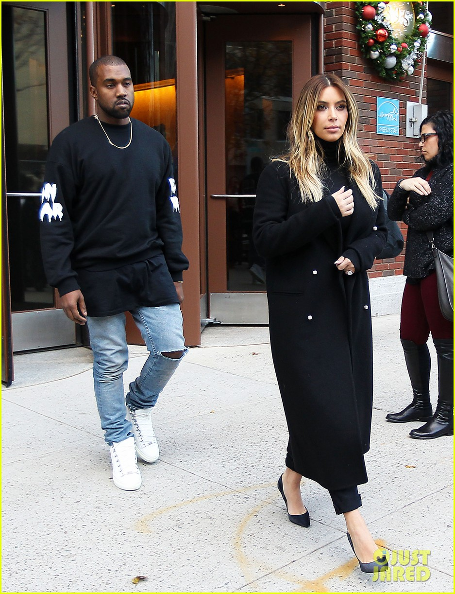 kanye west dont buy louis vuitton until after january 043000131