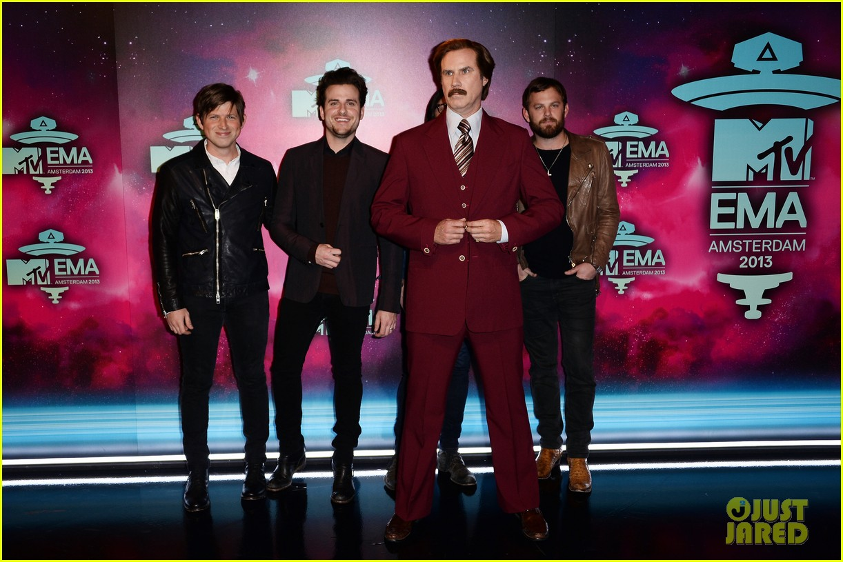 will ferrell as ron burgundy mtv ema 2013 red carpet 042989764