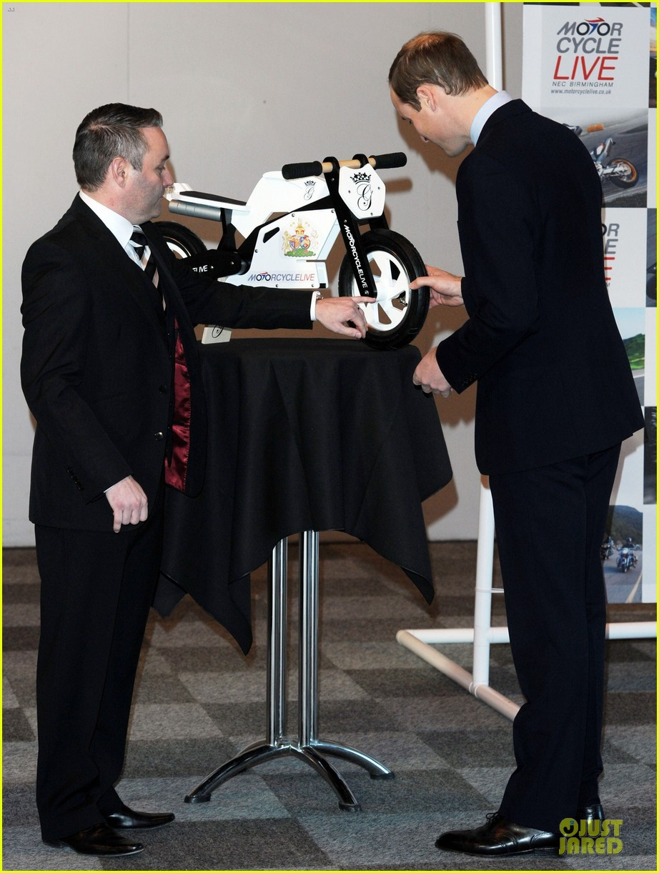 prince william receives gift at motorcycle live show 193002492