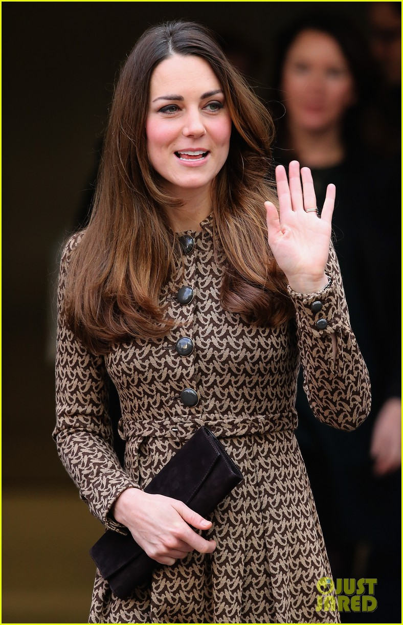 kate middleton prince william only connect charity visit 032995870