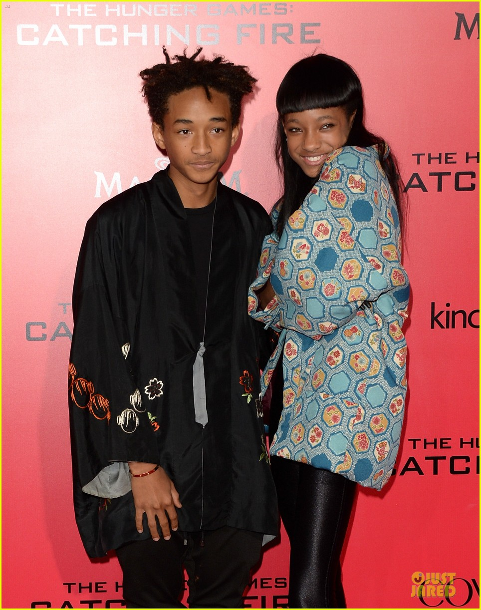 willow jaden smith catching fire la premiere 022995745