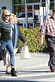 reese witherspoon jim toth grab pre thanksgiving lunch 14