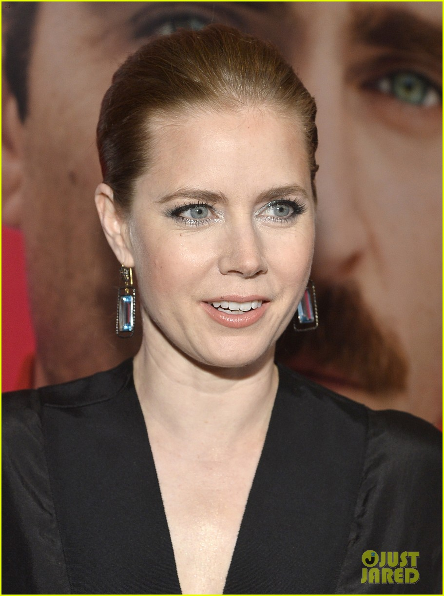amy adams joaquin phoenix her los angeles premiere 193011047