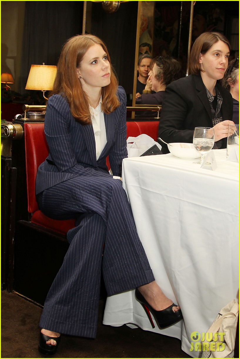 amy adams rocks pinstriped pantsuit at her luncheon 013009165