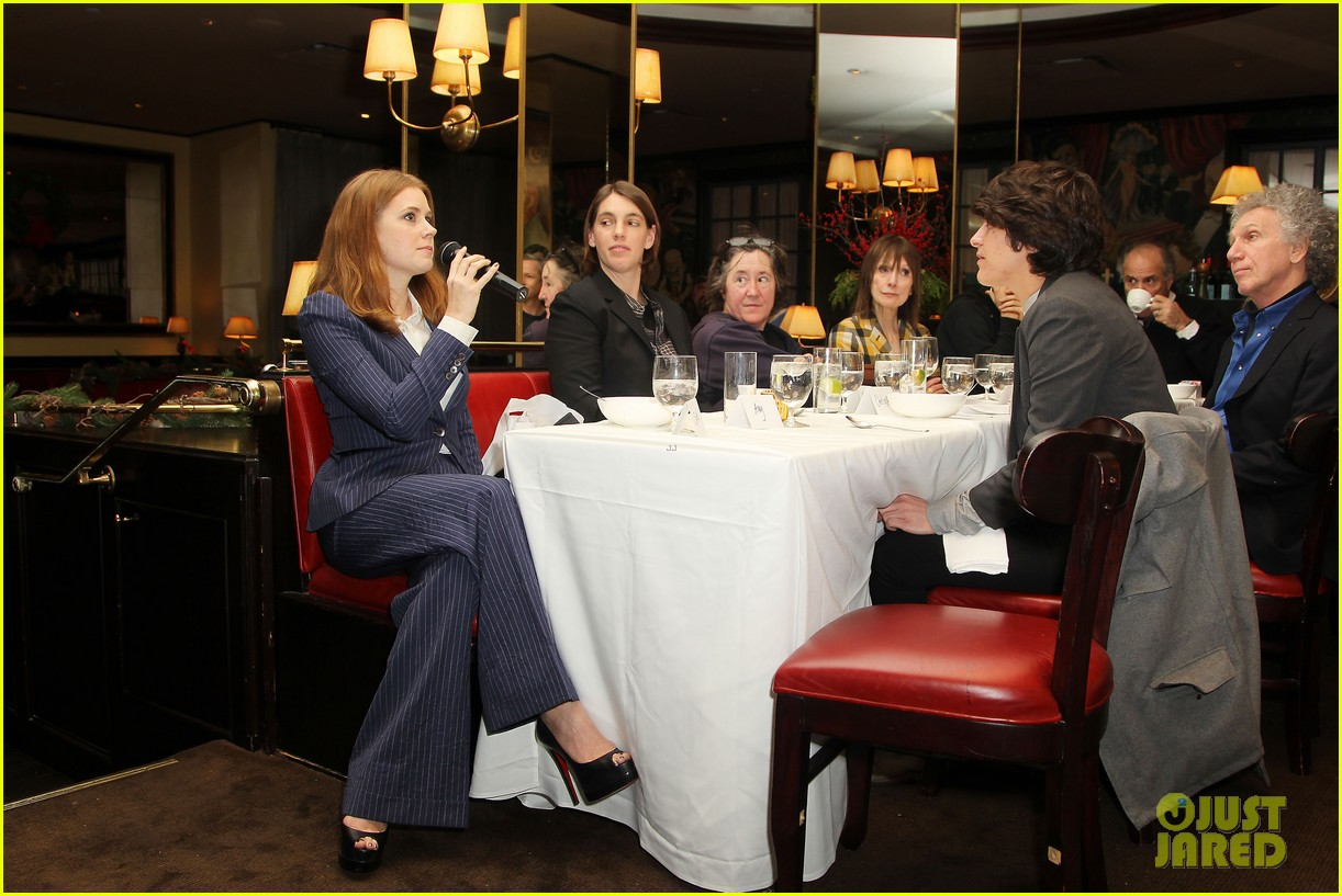 amy adams rocks pinstriped pantsuit at her luncheon 083009172