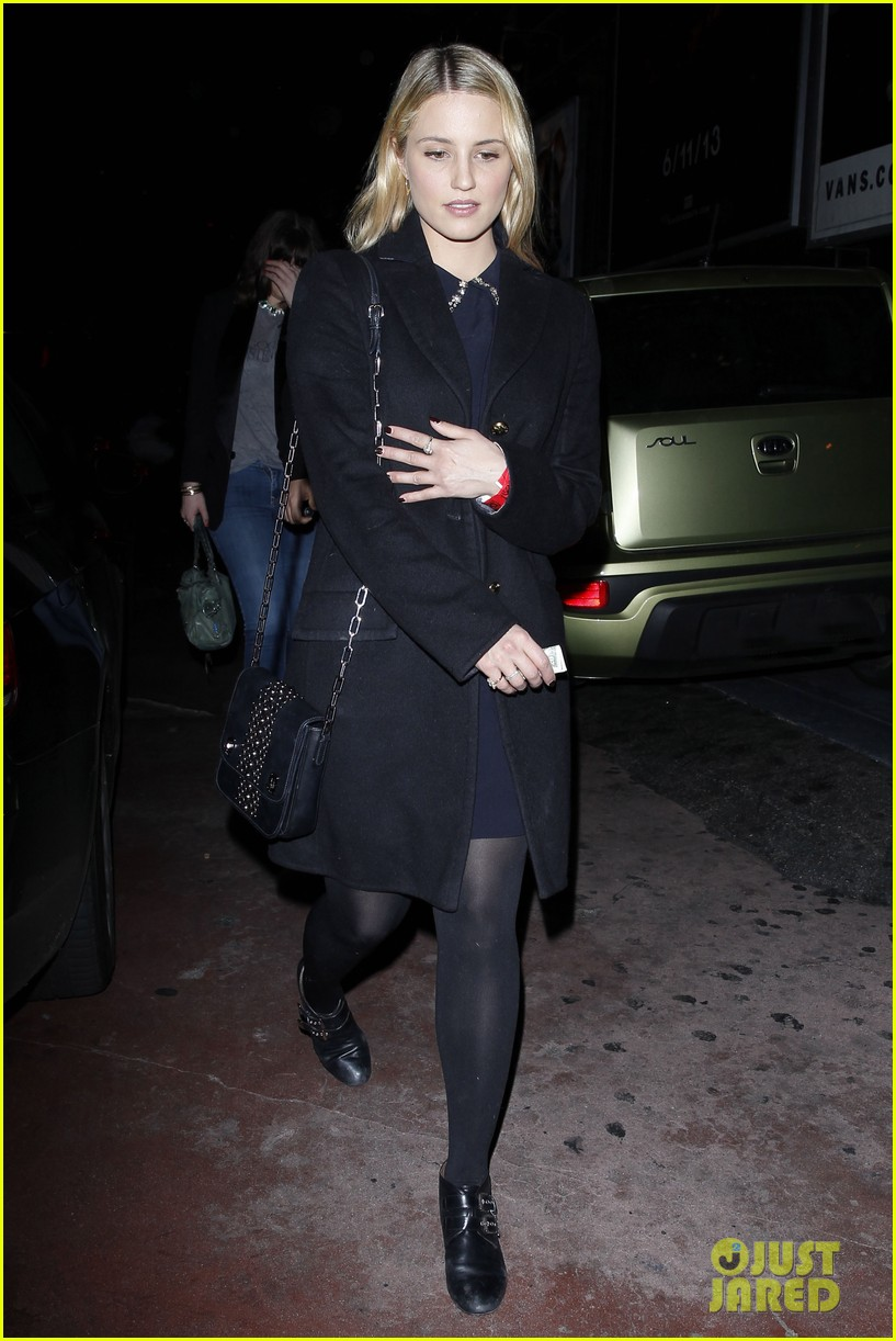 dianna agron supports glees amber riley at holiday concert 013017046