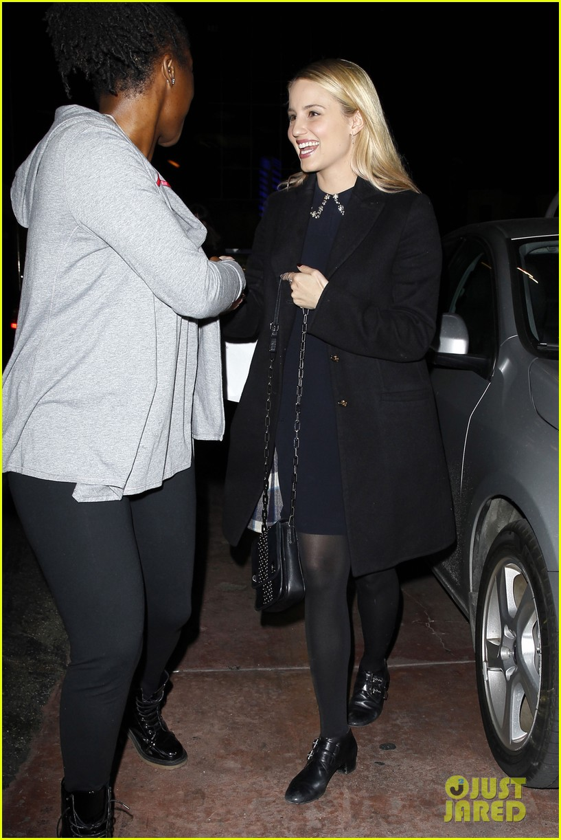 dianna agron supports glees amber riley at holiday concert 07