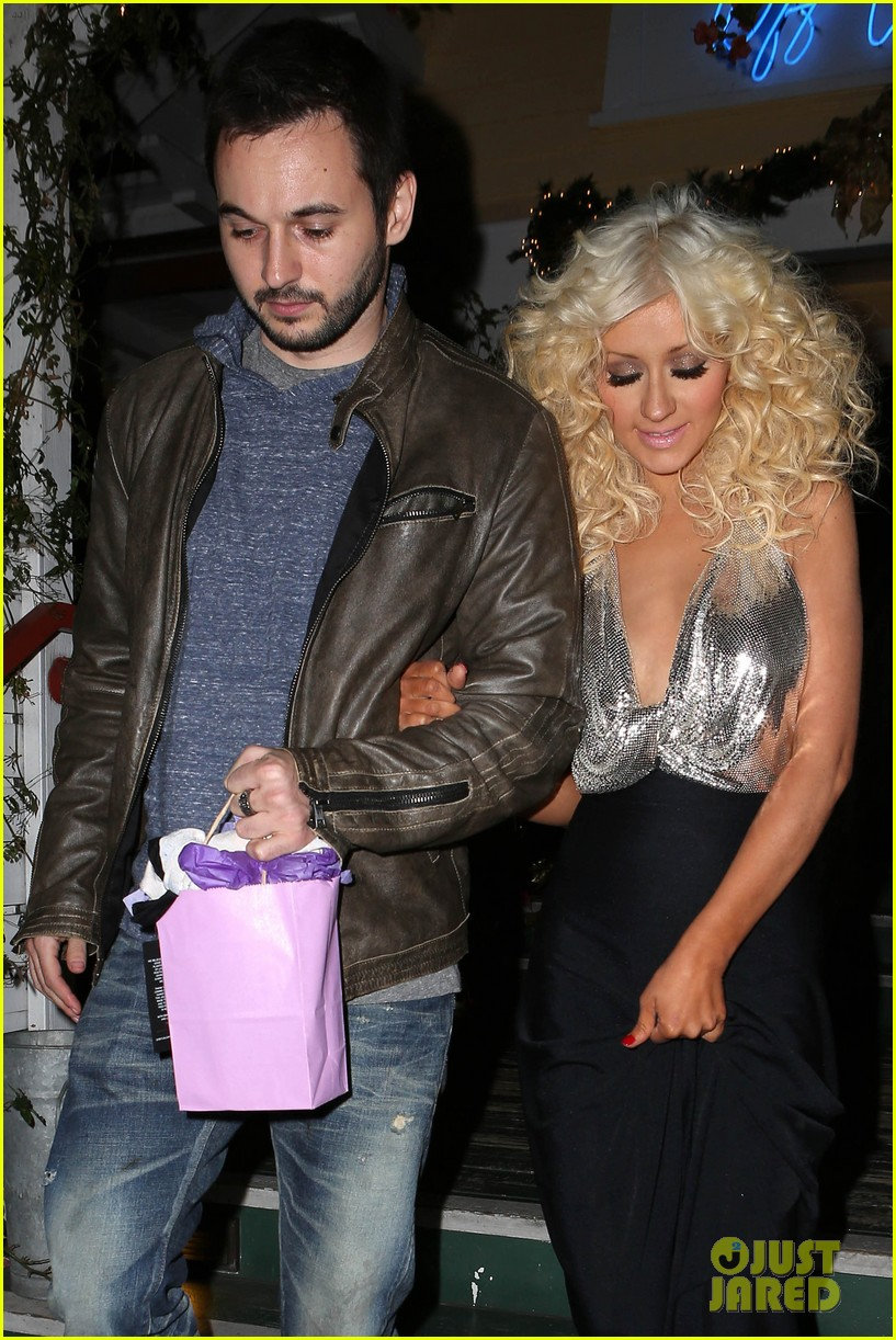 christina aguilera matthew rutler off vine dinner after the voice finale 03