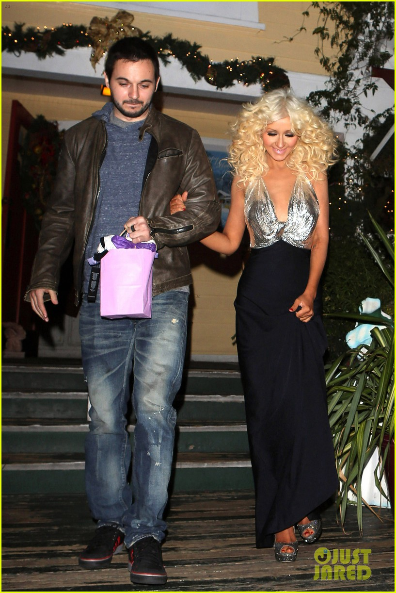 christina aguilera matthew rutler off vine dinner after the voice finale 053014054