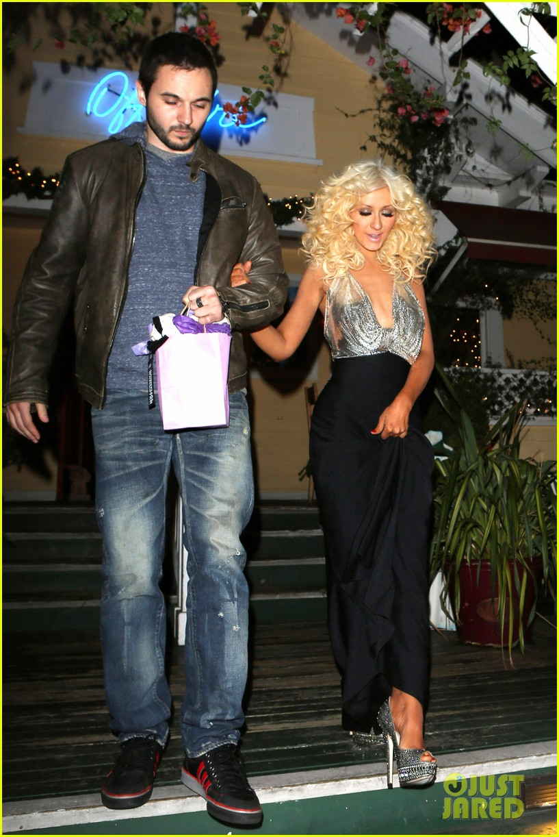 christina aguilera matthew rutler off vine dinner after the voice finale 123014061