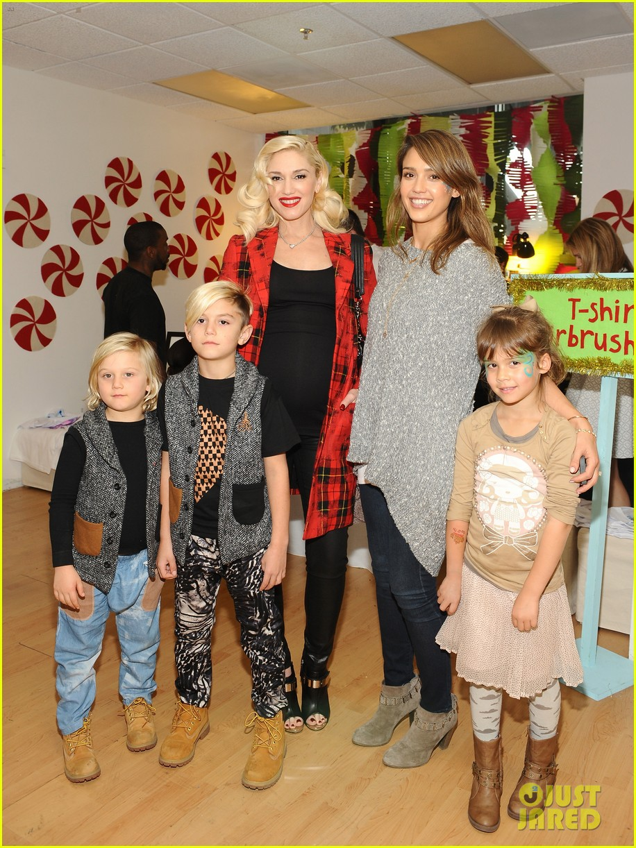 jessica alba gwen stefani baby2baby holiday party 033012298