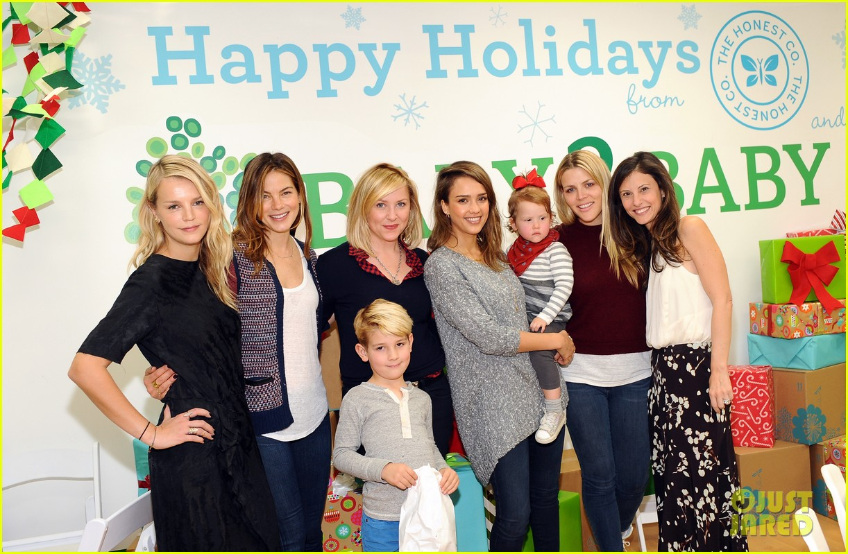 jessica alba gwen stefani baby2baby holiday party 093012304