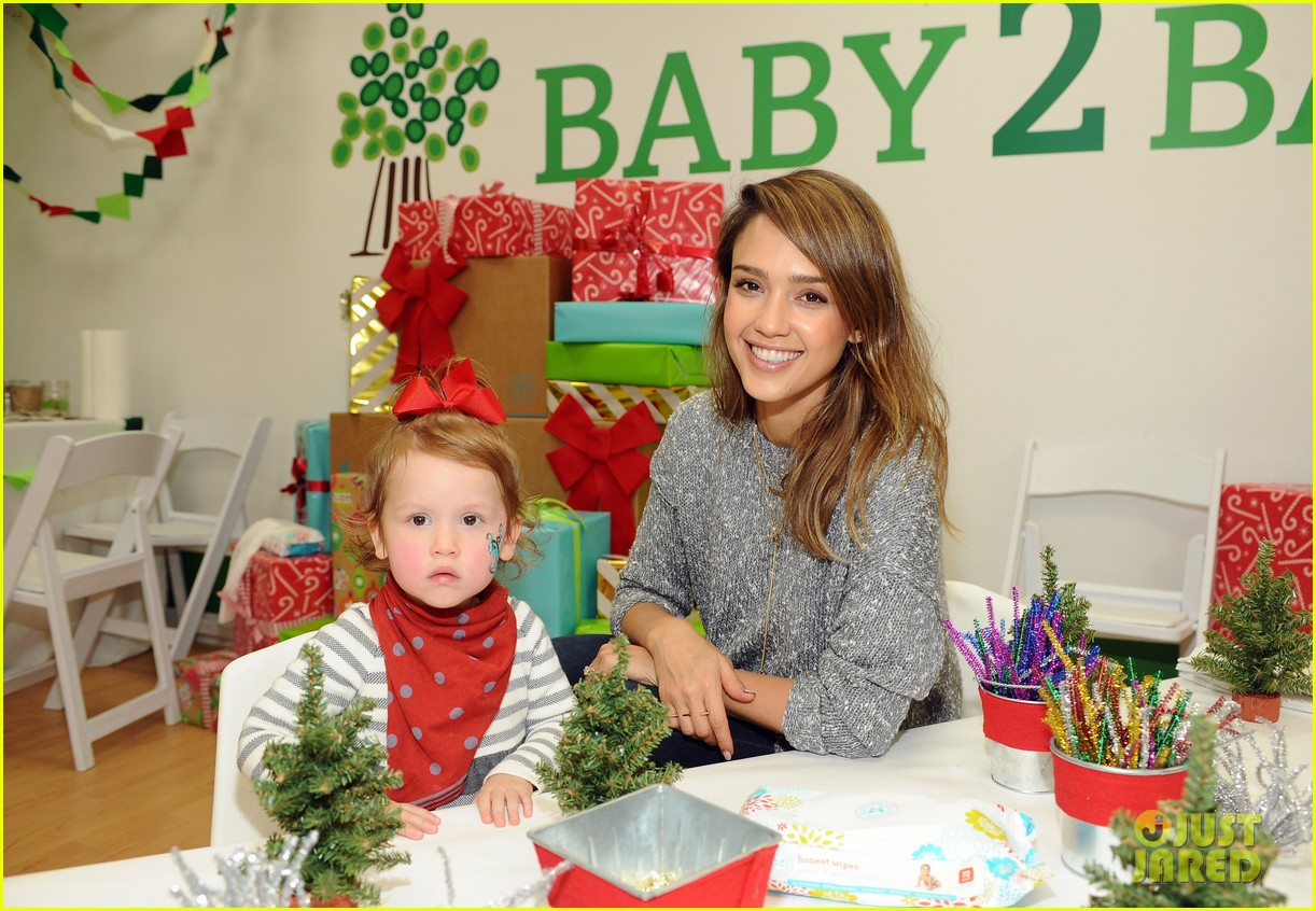 jessica alba gwen stefani baby2baby holiday party 133012308