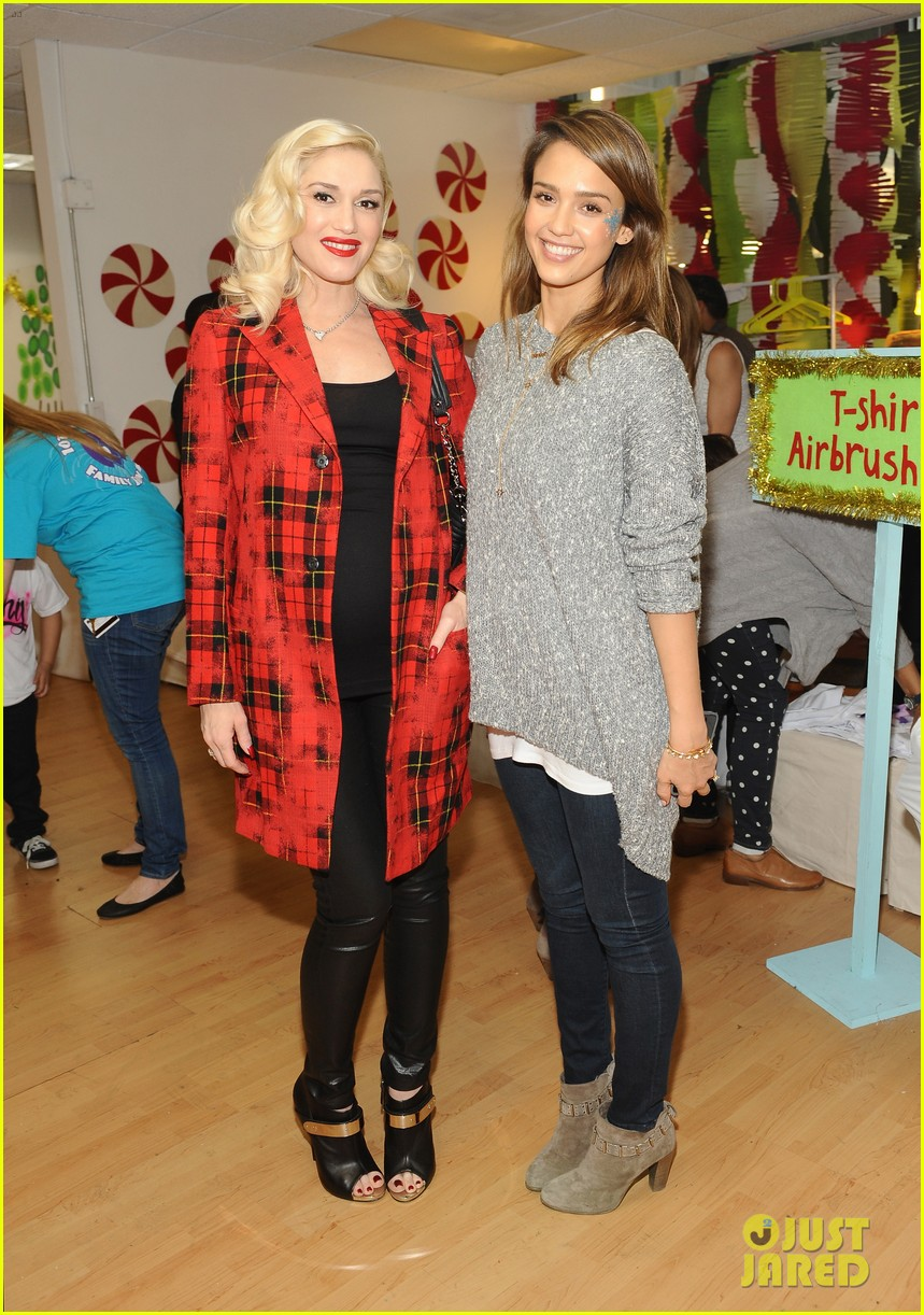 jessica alba gwen stefani baby2baby holiday party 143012309