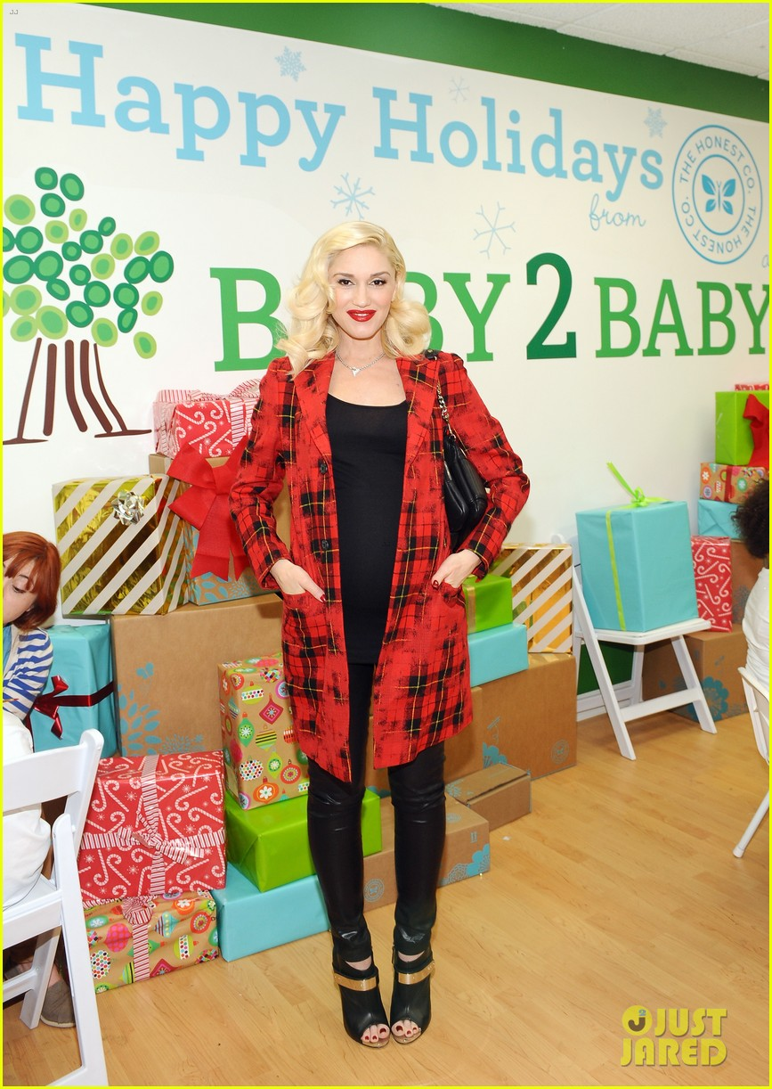 jessica alba gwen stefani baby2baby holiday party 163012311
