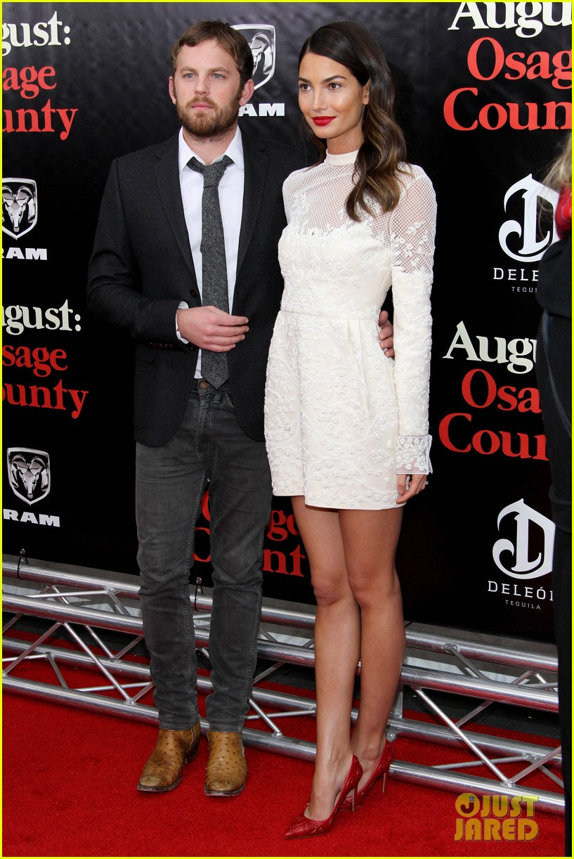 lily aldridge caleb followill august osage county premiere 133010941