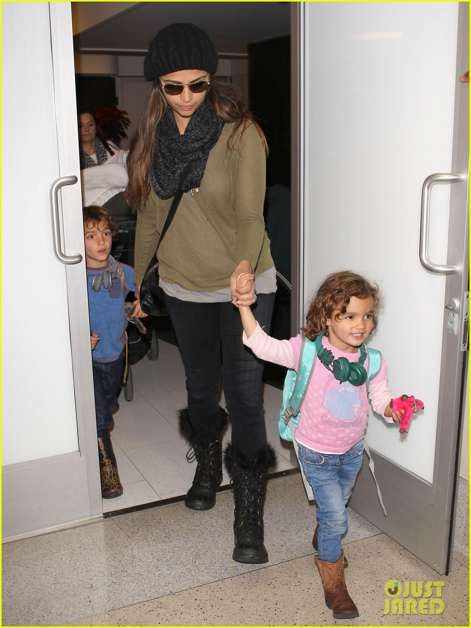 camila alves lands in snowy nyc with the kids 133013656