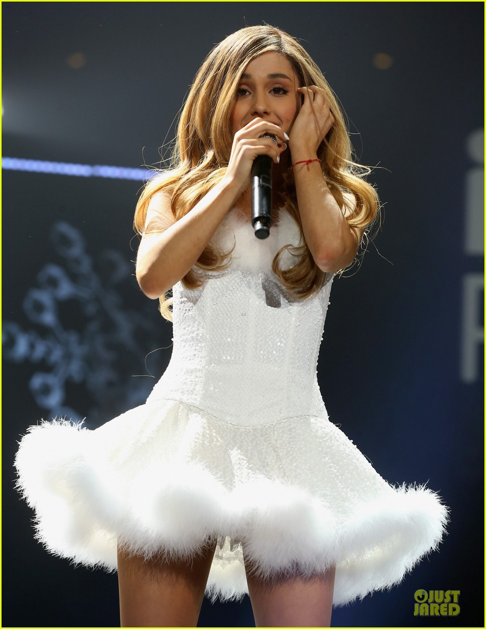 ariana grande enrique iglesias 1027 kiis fm jingle ball 253007232