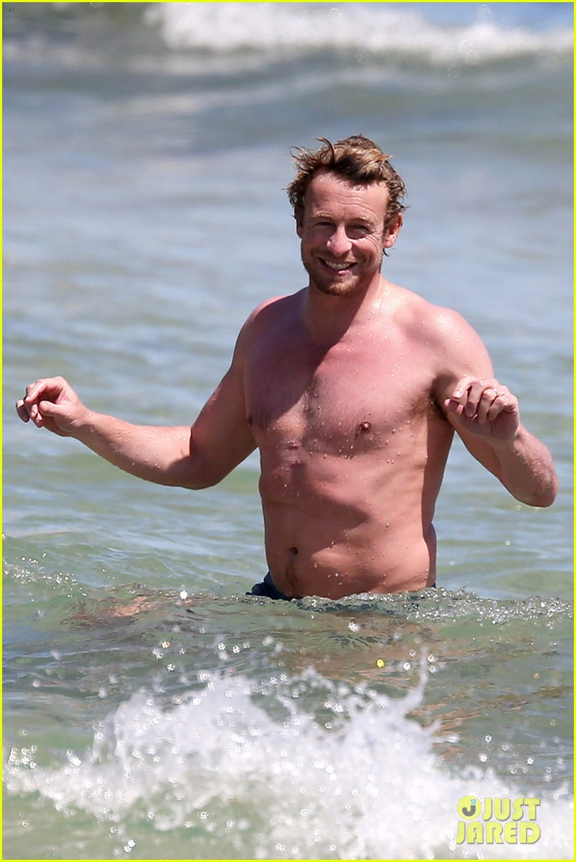 simon baker shirtless beach day with wife rebecca rigg 043012994