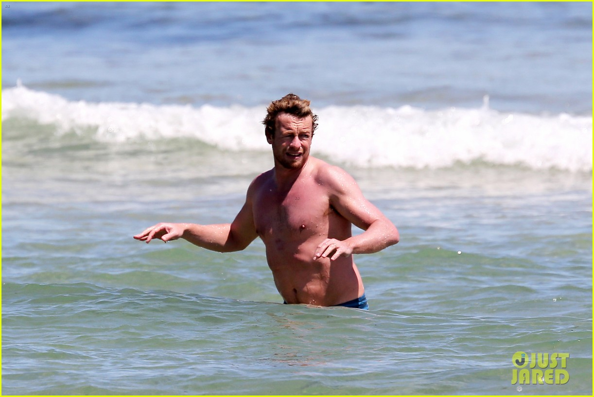 simon baker shirtless beach day with wife rebecca rigg 103013000