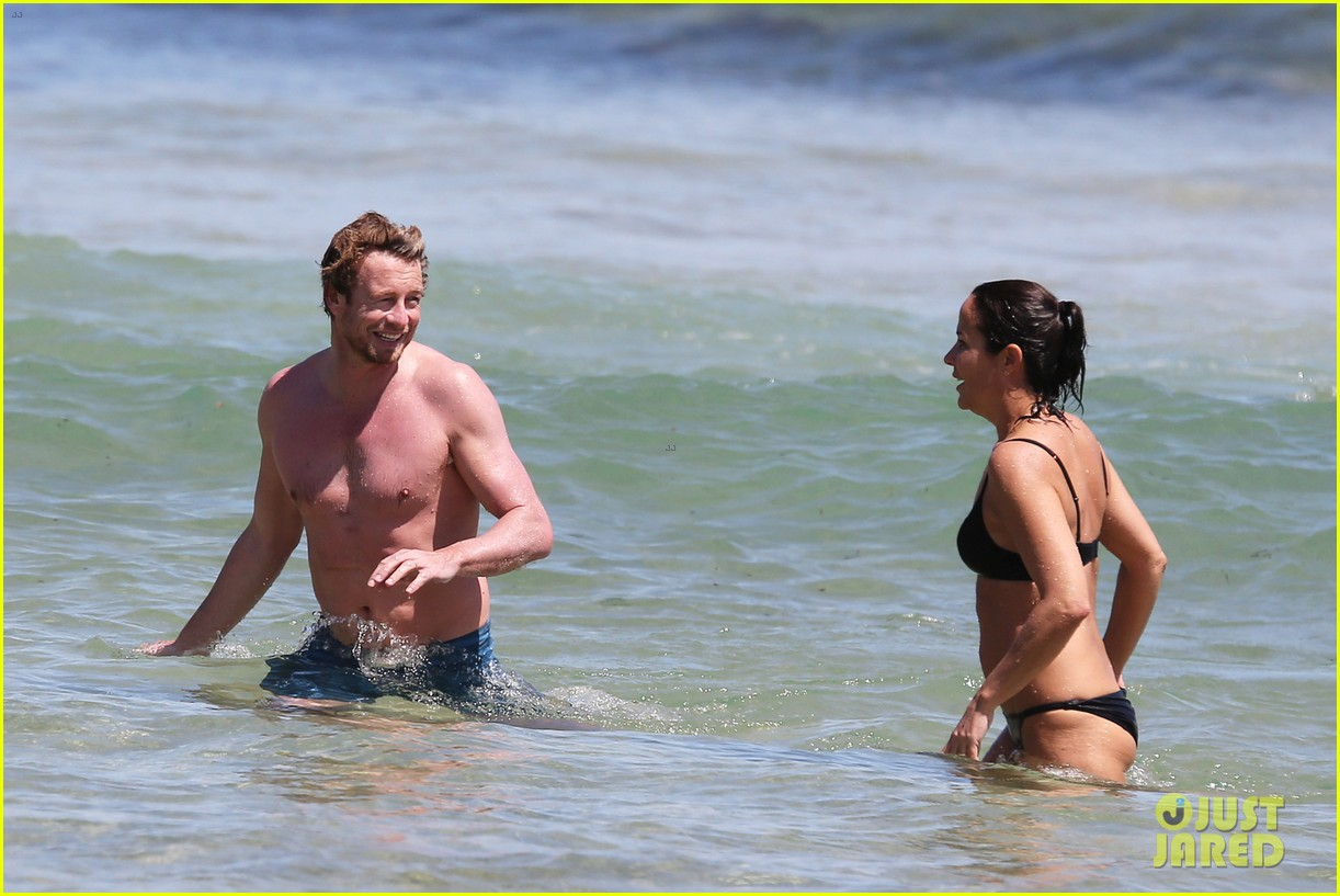 simon baker shirtless beach day with wife rebecca rigg 113013001