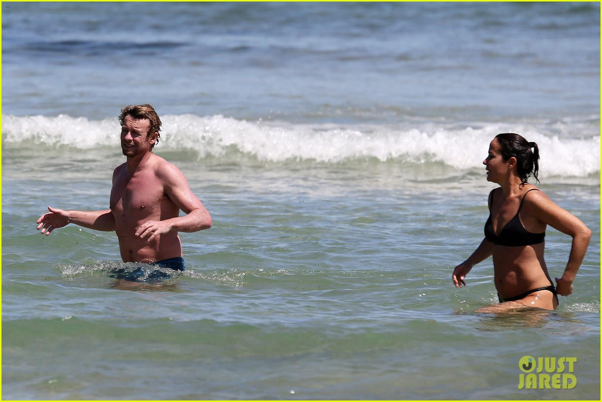 simon baker shirtless beach day with wife rebecca rigg 133013003