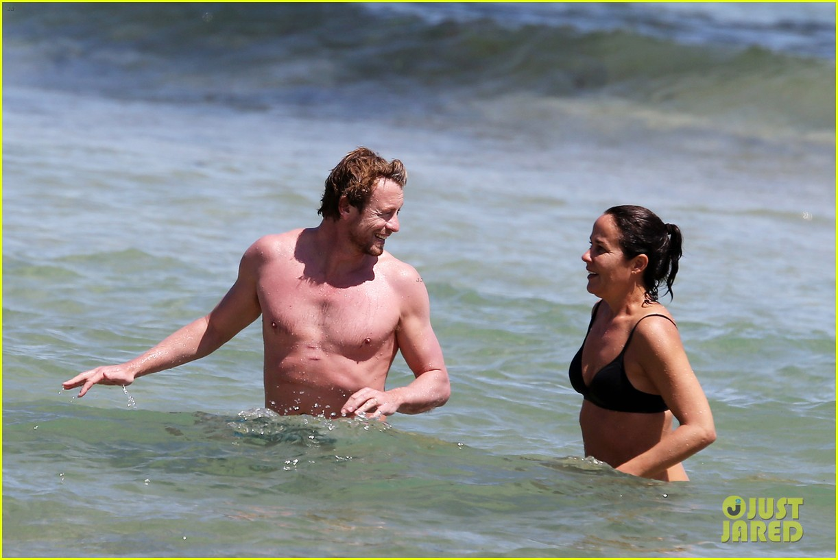 simon baker shirtless beach day with wife rebecca rigg 173013007