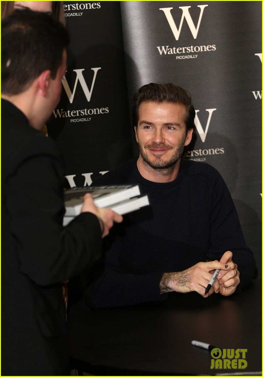 david beckham london book signing 03