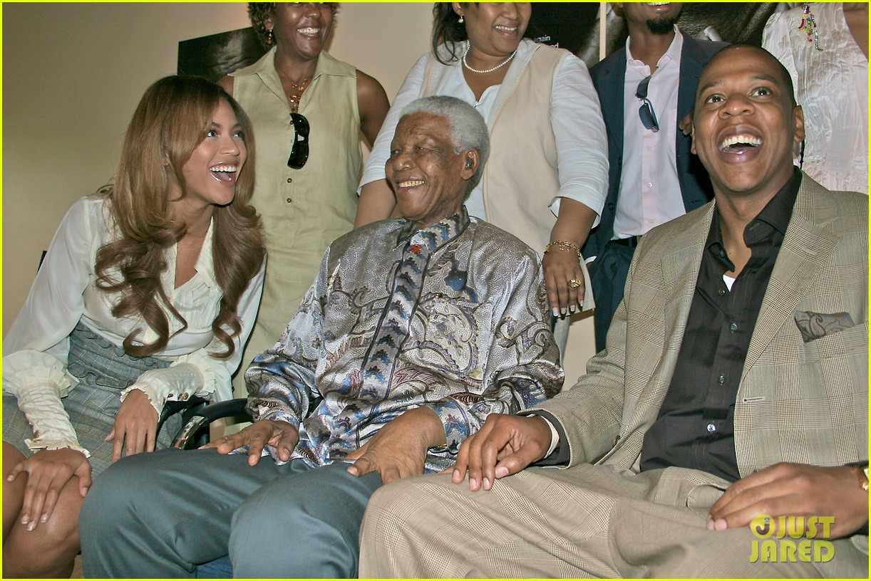 beyonce shares photo of her nelson mandela tumblr 013009041