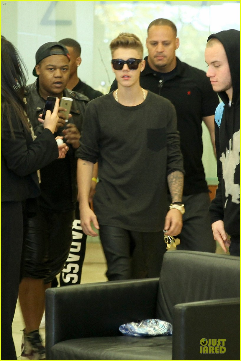 justin bieber power 106 radio promo before believe premiere 04
