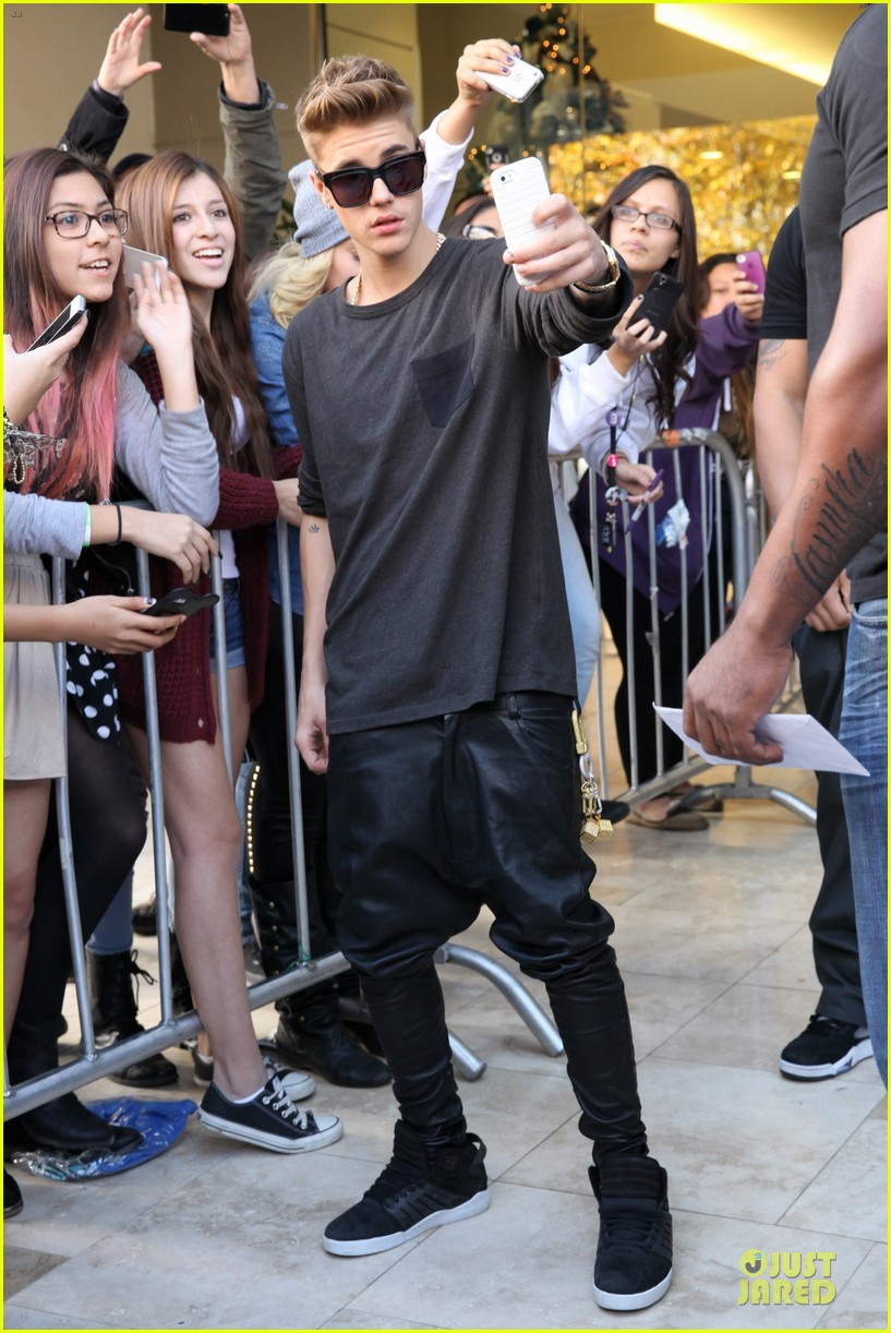 justin bieber power 106 radio promo before believe premiere 133013837